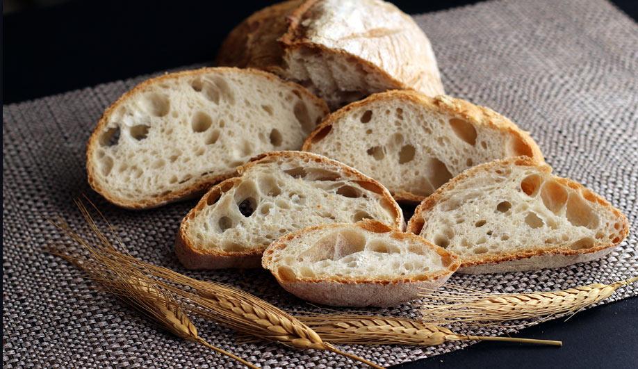 """Convegno """"Alimentazione: alla riscoperta del nostro buon Pane"""" al teatro Talia"""