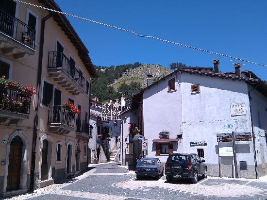 Grande festa per il gemellaggio tra Pescasseroli e Castellane
