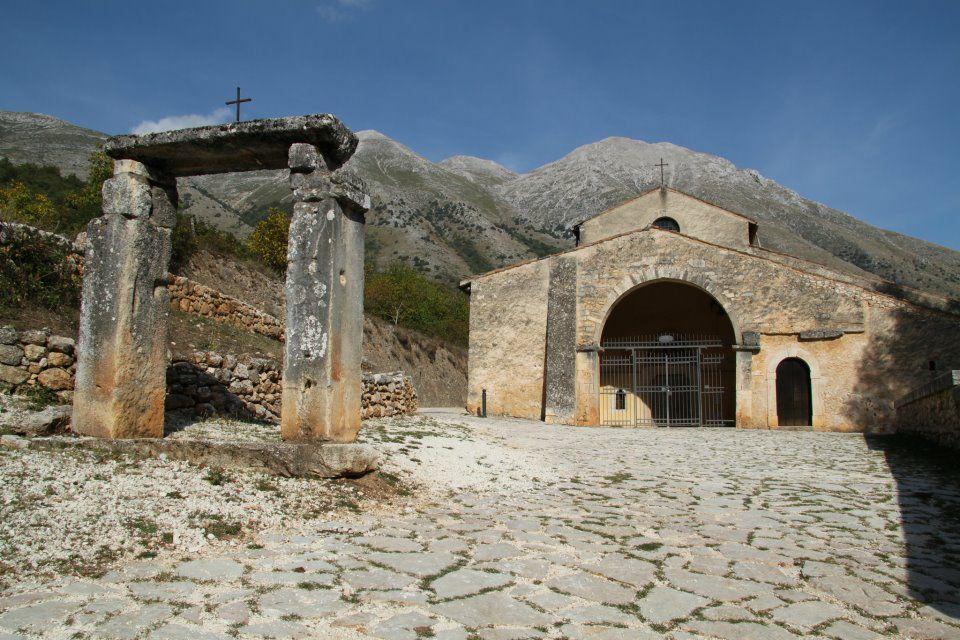 Tavola rotonda su ambiente, cultura e territorio a Rosciolo de' Marsi per Sapori e Saperi del Velino