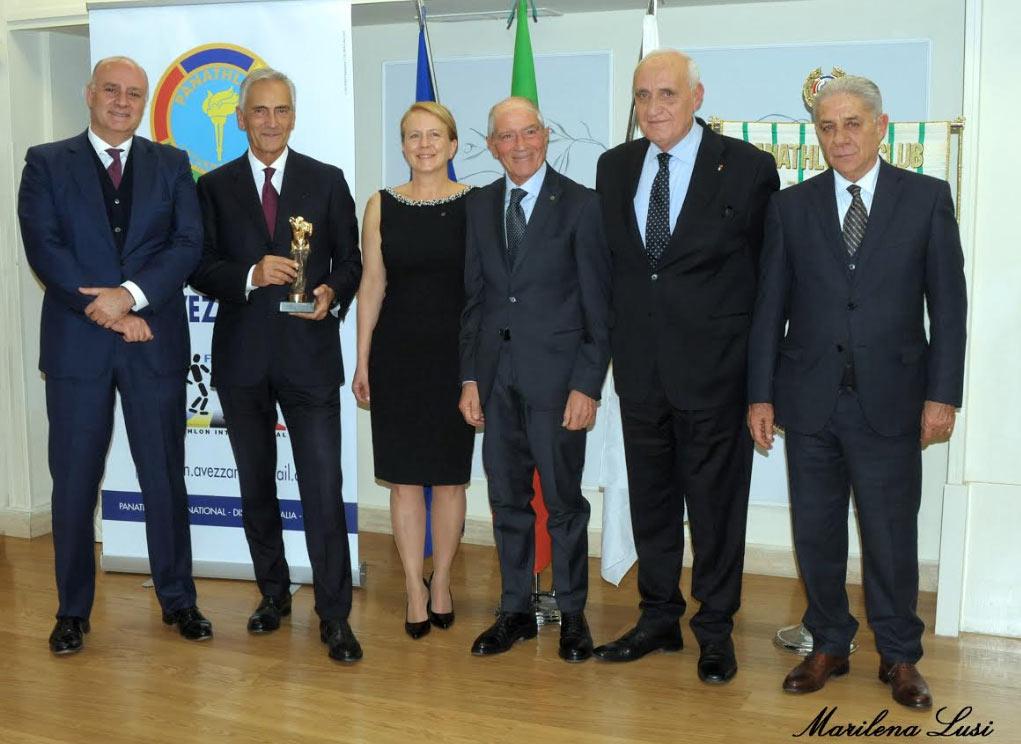 Gabriele Gravina riceve il Premio Panathlon 2018