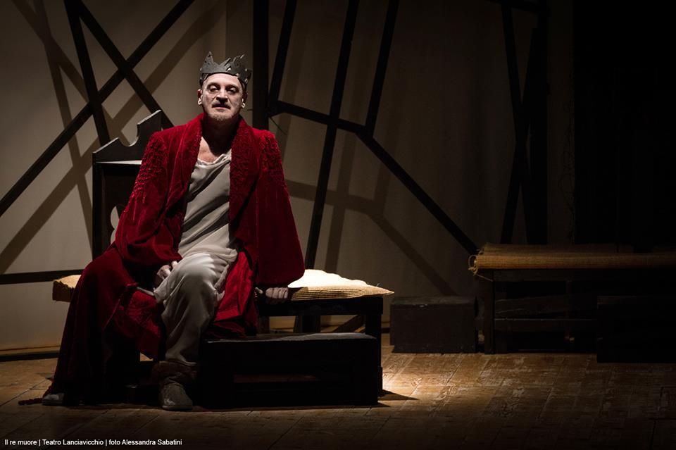 """Teatro dei Marsi: debutto del Teatro Lanciavicchio con """"Il re muore"""""""