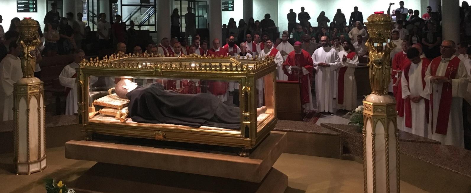 Un 'esercito' di 700 giovani abruzzesi oggi incontrerà il Papa a Roma