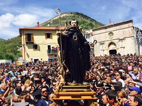 Cocullo, la Festa dei Serpari in diretta streaming