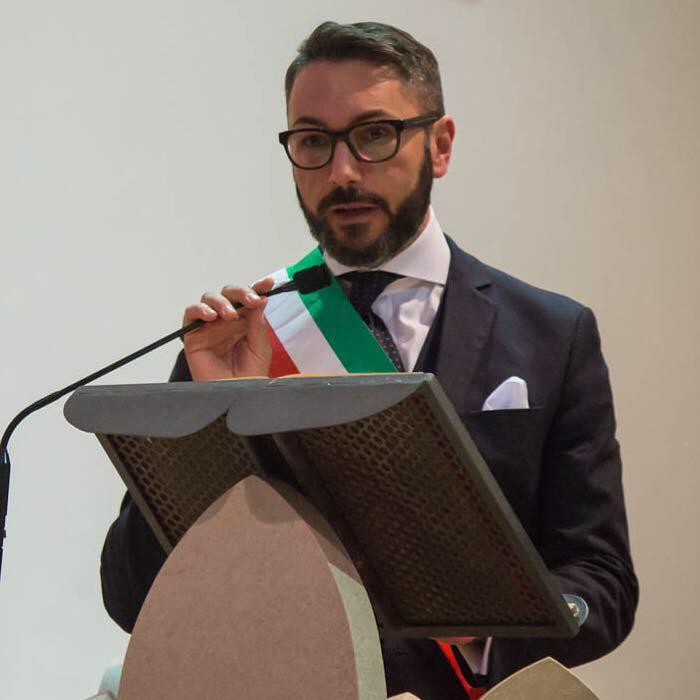 """Ospedale di Tagliacozzo, il sindaco Giovagnorio: """"Il Comitato Pro Ospedale è solo Rita Tabacco. La sua azione dannosa per la città"""""""