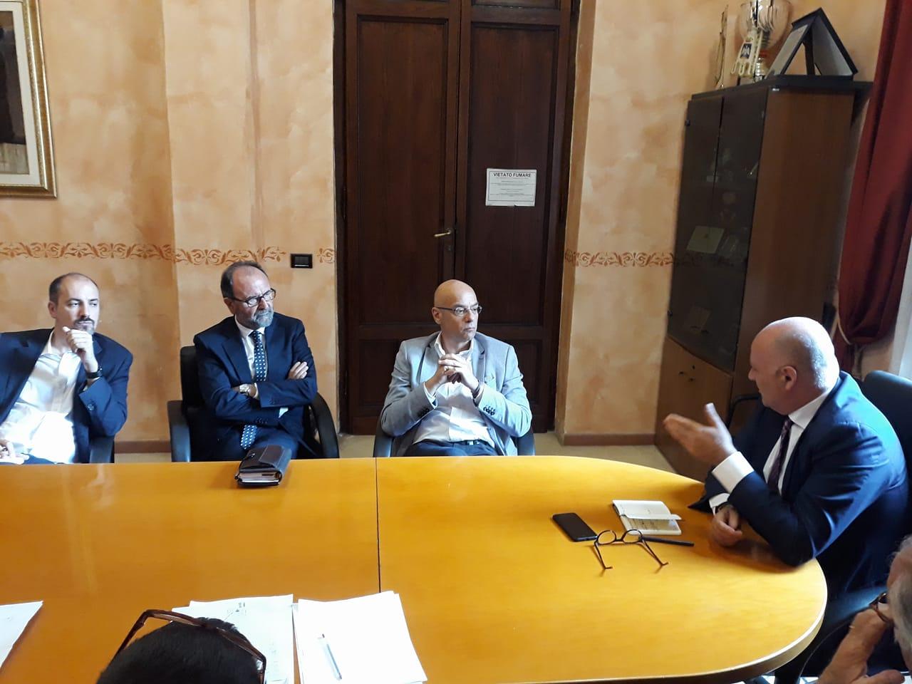 """""""Aperto un dibattito costruttivo sulla Facoltà di Giurisprudenza"""" De Angelis incontra il Rettore dell'Università di Teramo"""