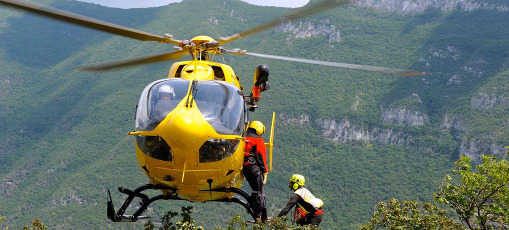 Avezzano, frana sul monte Sirente: soccorsi per tre escursionisti