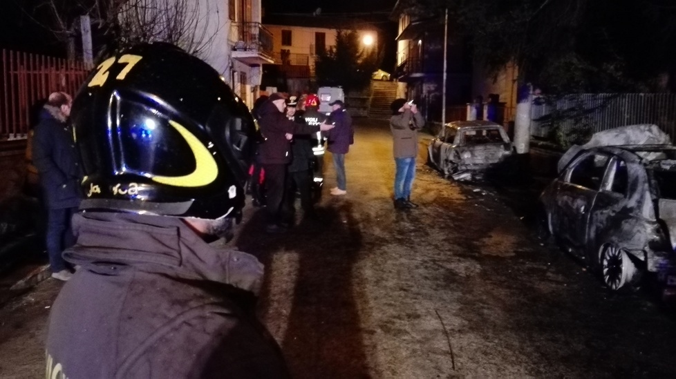 Auto in fiamme dell'ex sindaco, secondo il perito non ci fu dolo