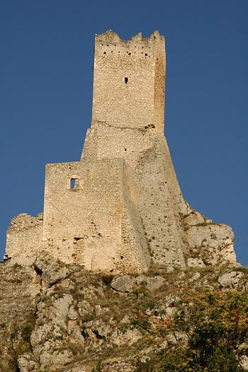 Fortilizio medievale di Pescina