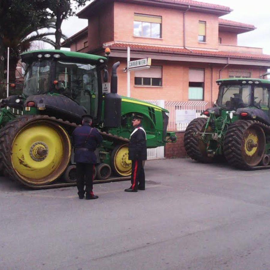 Piana del Fucino, tamponamento fra trattori finisce in scazzottata