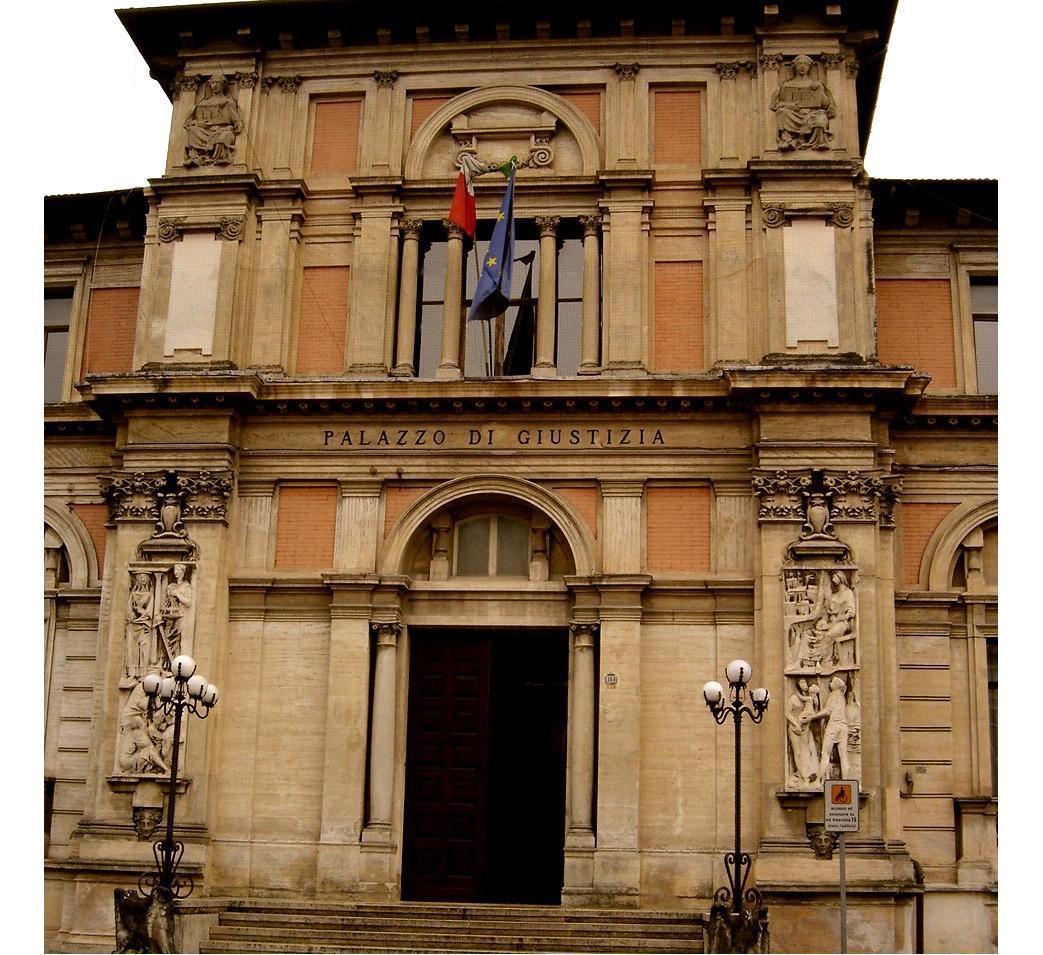 Il tribunale di Avezzano (1811-2012)