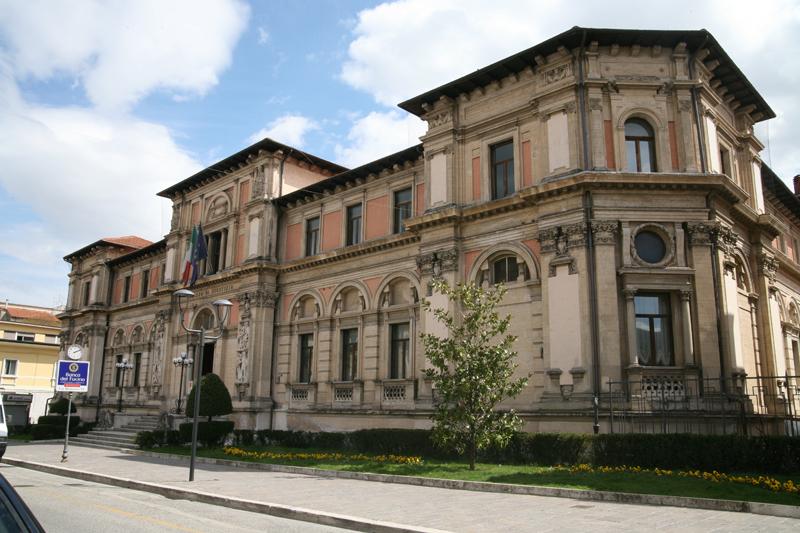 In campo tutte le forze politiche per salvare i tribunali abruzzesi. Oggi la conferenza stampa a Roma