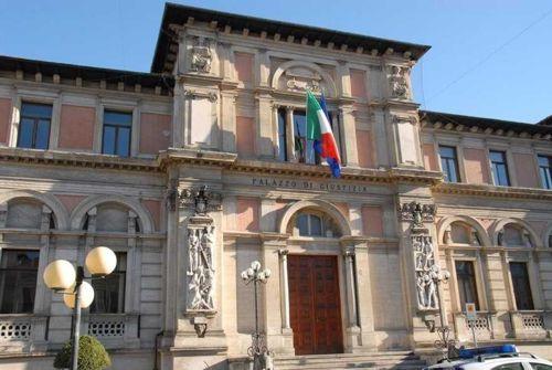 I sindaci della Marsica con De Angelis in difesa del Tribunale