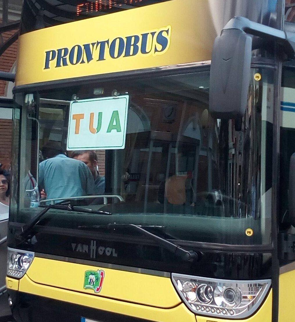 Ennesima giornata no per il trasporto marsicano. Autobus partiti in ritardo e pendolari di nuovo fermi in autostrada