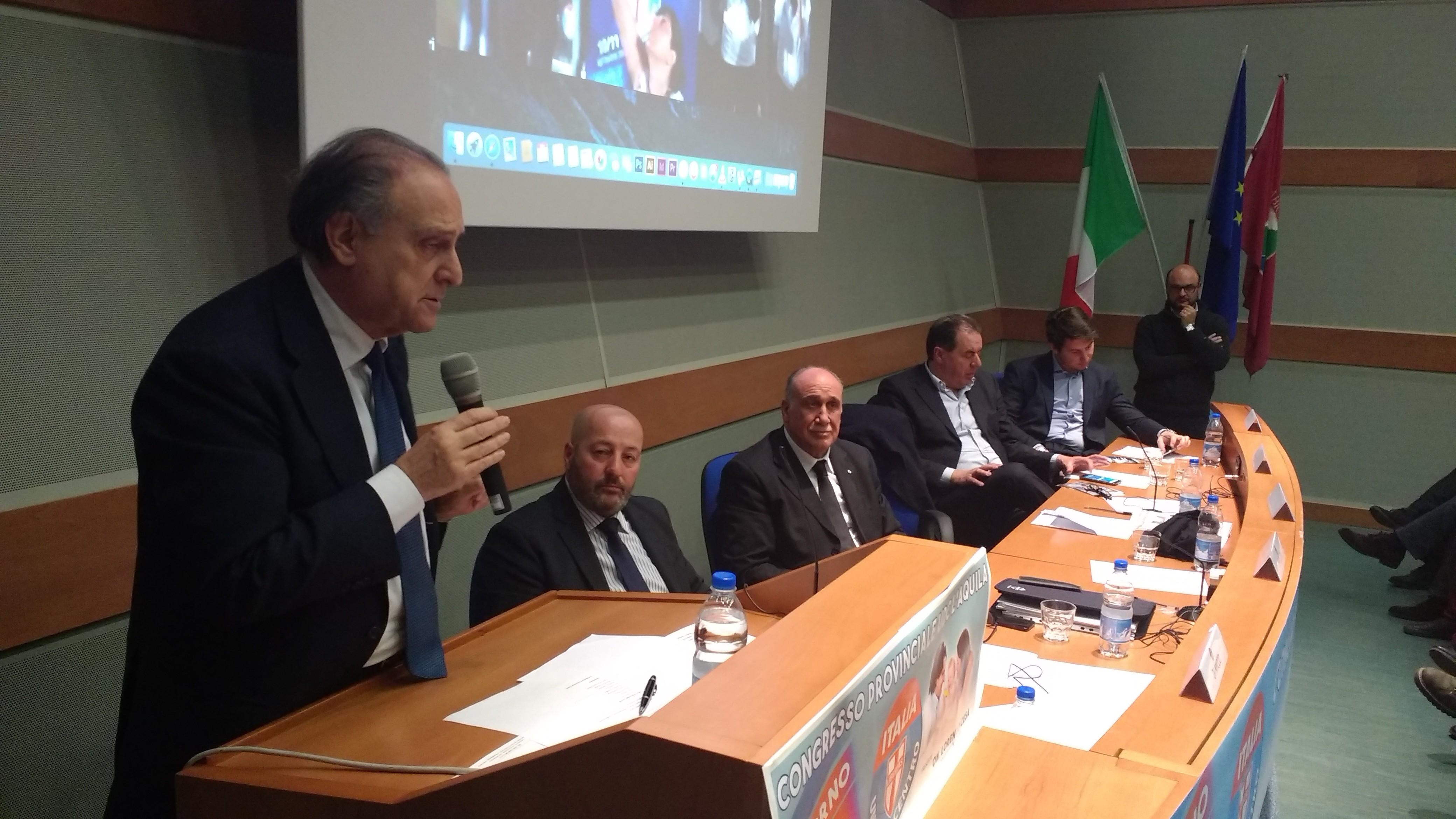 """L'Udc contro De Angelis: """"Politico errante. Ostaggio di Piccone, Gerosolimo e Di Stefano"""""""