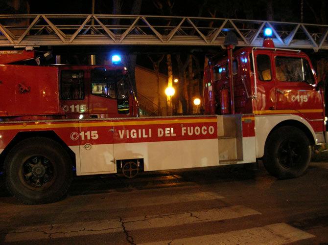 Fuga di gas, evacuata una palazzina con 50 persone
