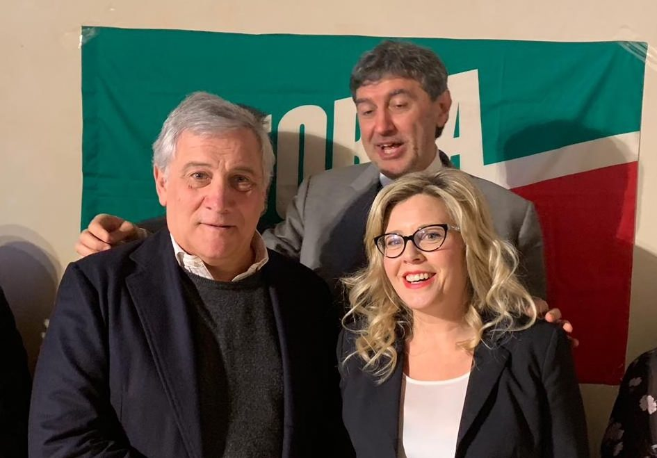 Regionali: Di Stefano, spero Berlusconi venga in città, gli aquilani lo vogliono ringraziare