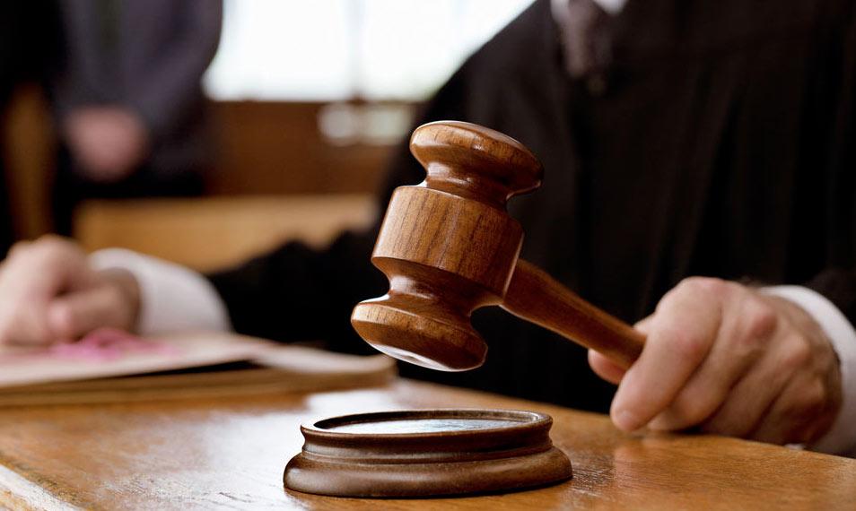 Professore marsicano perde il ruolo e torna negli U.S.A. ma vince in tribunale e sale in cattedra