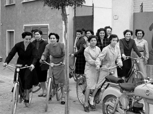"""L'associazione culturale Avezzan'Europa presenta il libro """"Il ruolo della donna nella società"""""""