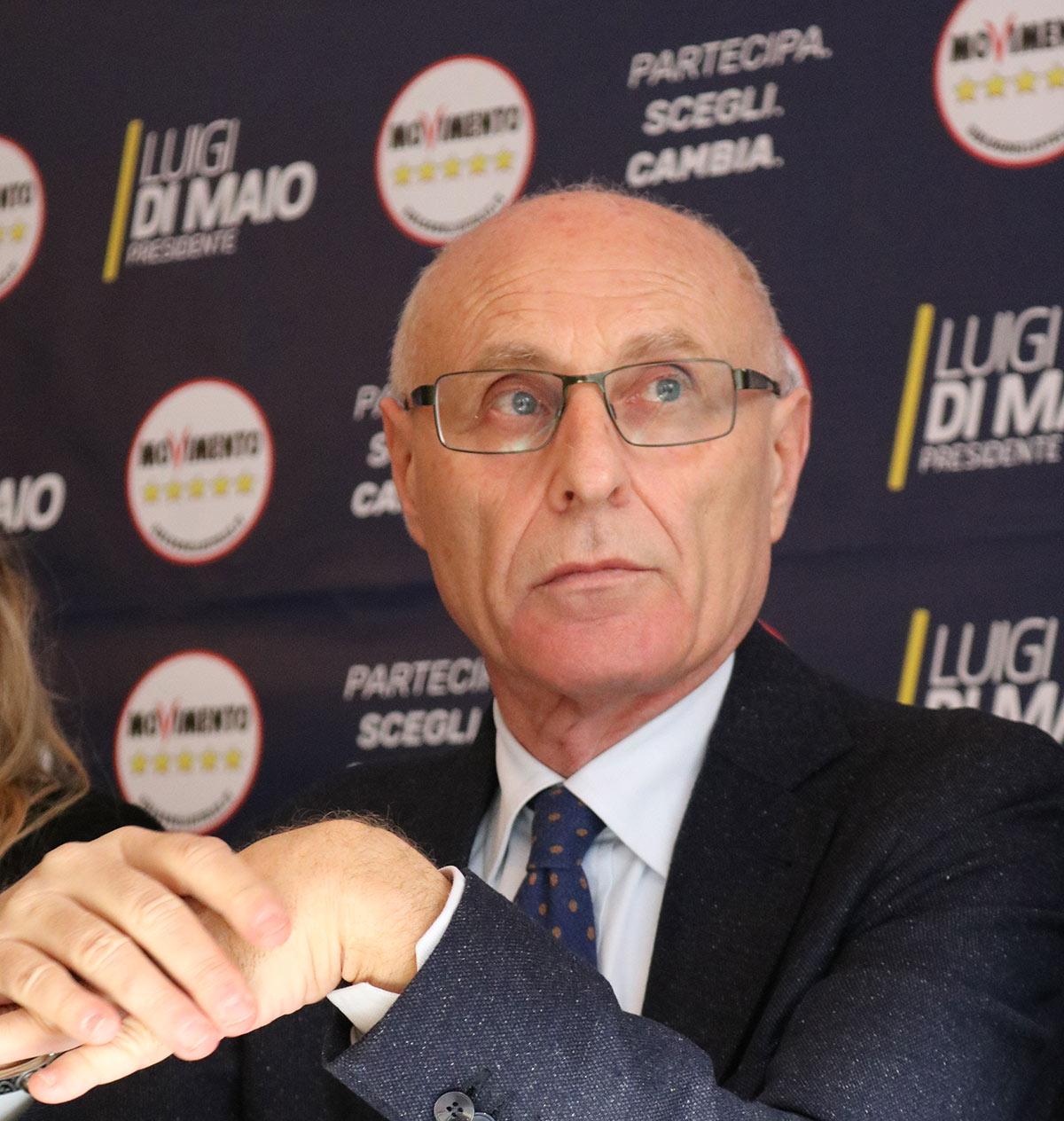 I senatori Sileri e di Nicola in visita ispettiva nell'Ospedale di Avezzano con Ranieri