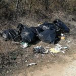 Abbandona rifiuti, ma viene scovato dalle Guardie Ecozoofile