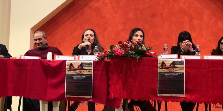 """Un sostegno alle donne vittime di violenza: lo """"Sportello itinerante anti-violenza Marsica"""""""