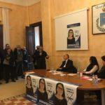 Sala gremita all'incontro elettorale con Giovanni Legnini e Virginia Buonavolontà