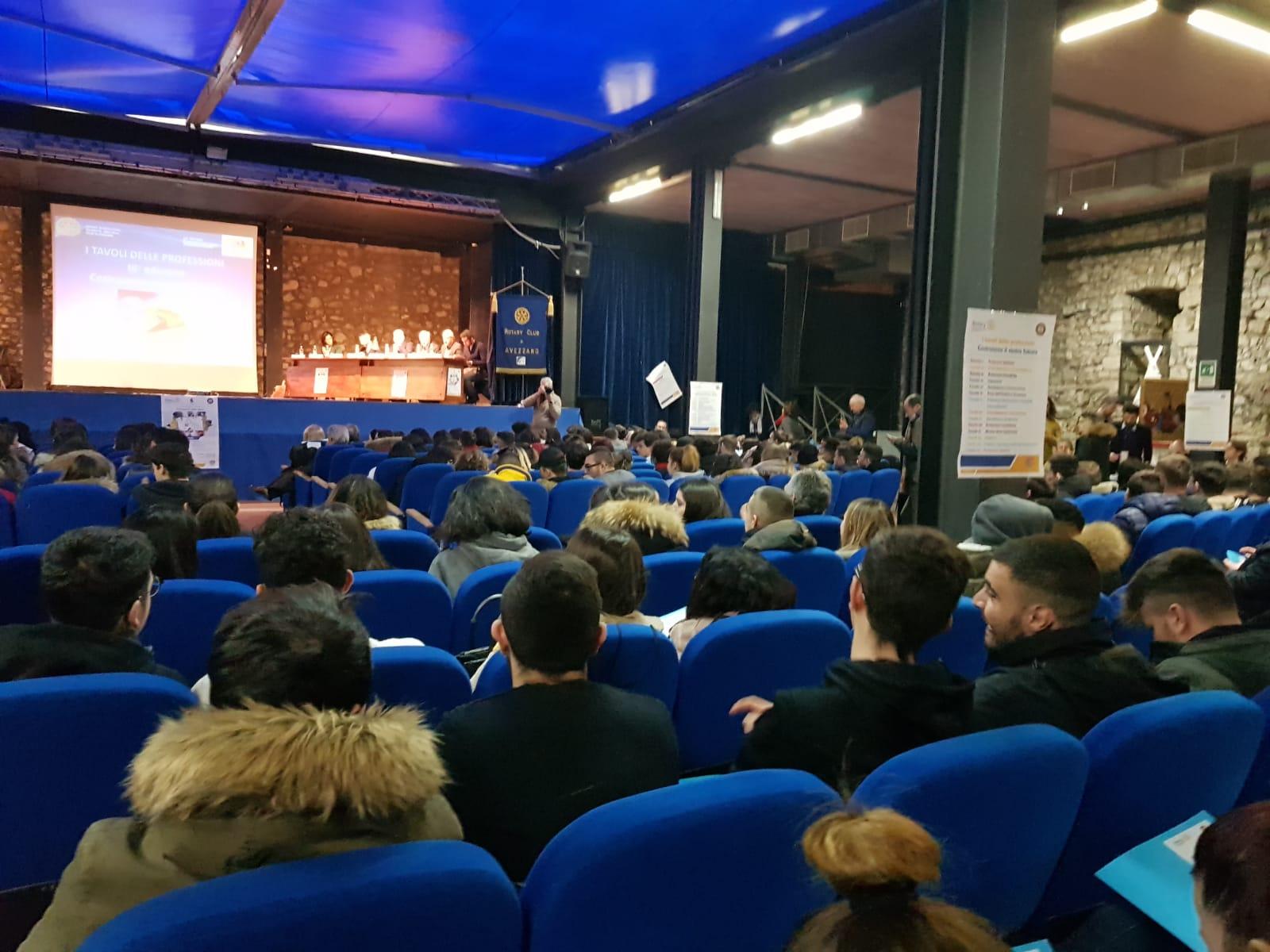 Studenti e professionisti si incontrano al Castello Orsini