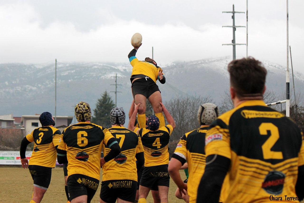Rugby serie B: domenica alle 14 e 30 l'Avezzano sfida in casa gli Arechi di Salerno per gara recupero