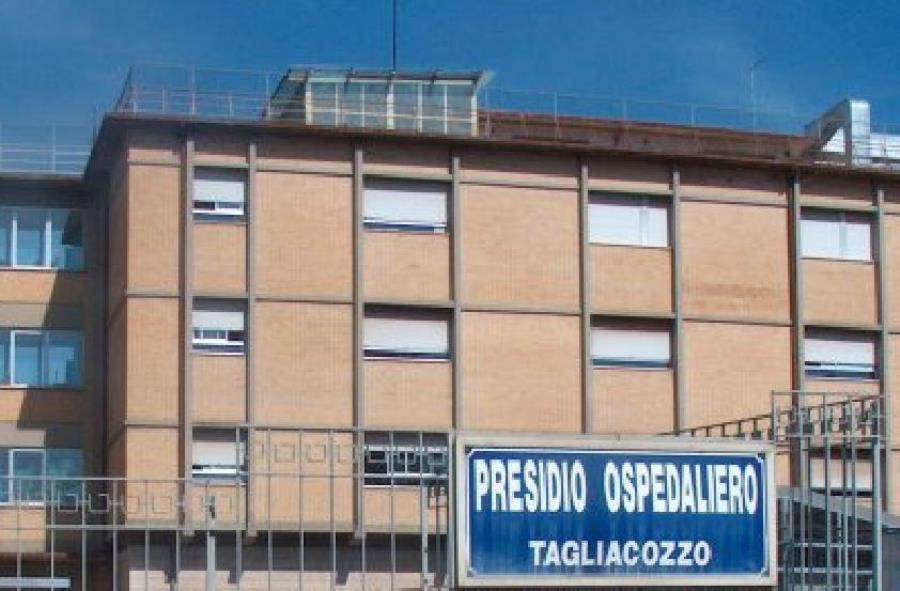 Il candidato in quota Lega Angelosante in visita all'ospedale di Tagliacozzo