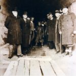 Spuntano fuori le rarissime foto della costruzione del secondo emissario Torlonia, si cercano parenti dei lavoratori