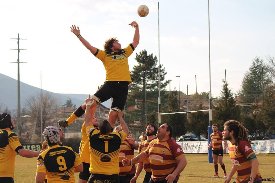Avezzano Rugby: la serie B vola a Catania, strepitosa vittoria U16 nel derby contro L'Aquila