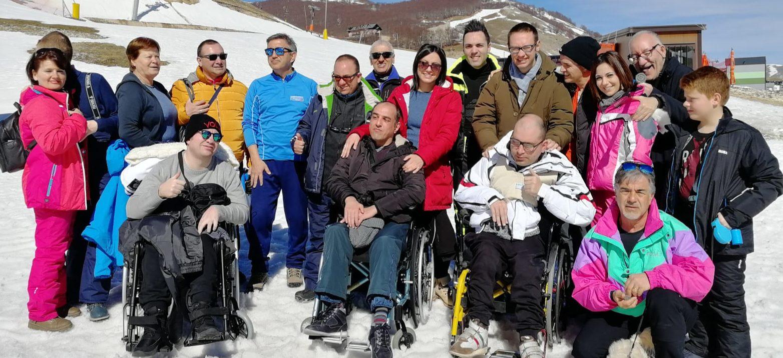 Ragazzi sulla neve con l'Unitalsi