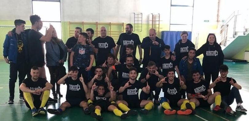 La Fenice Calcio a 5 vince il campionato e vola in Serie C1