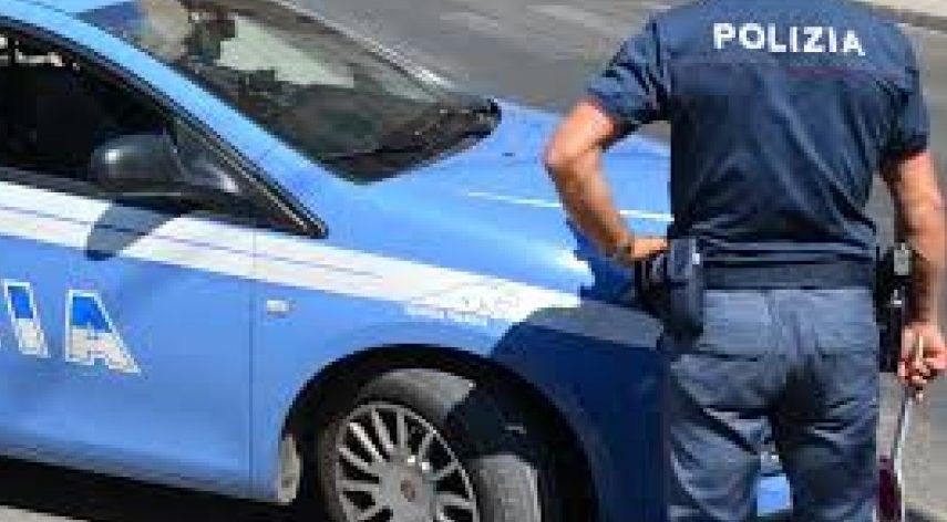 La Polizia Stradale Abruzzo e Molise fa chiudere un esercizio di noleggio veicoli commerciali