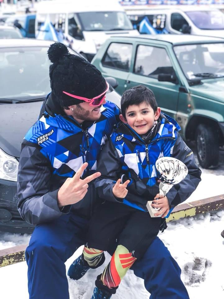 Il piccolo Alfredo Nanni, medaglia d'argento nella gara internazionale di sci alpino a Sestriere