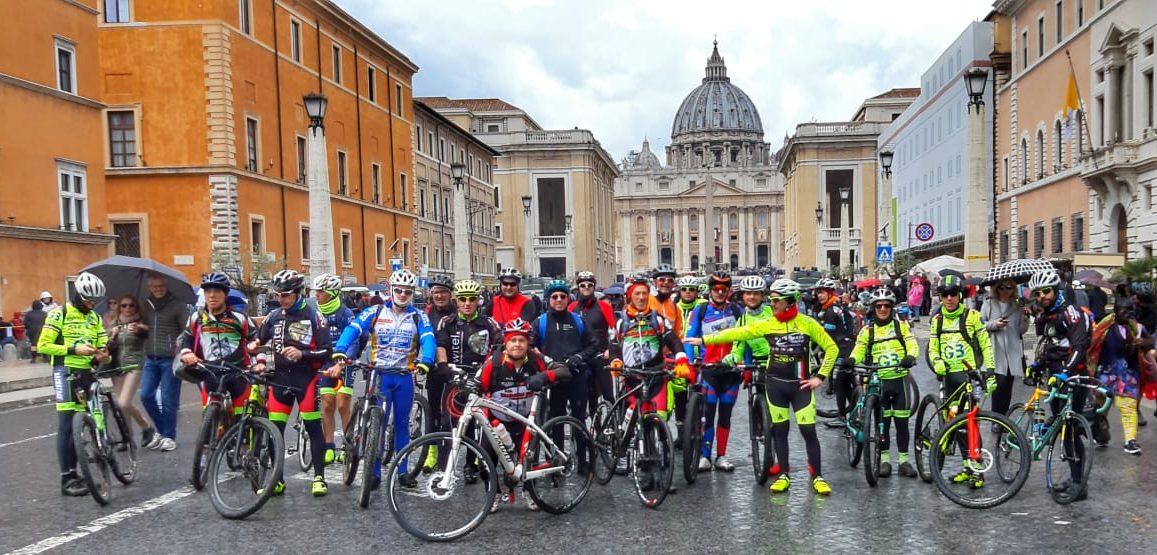 """Cicloamatori marsicani """"Alla conquista di Roma"""""""