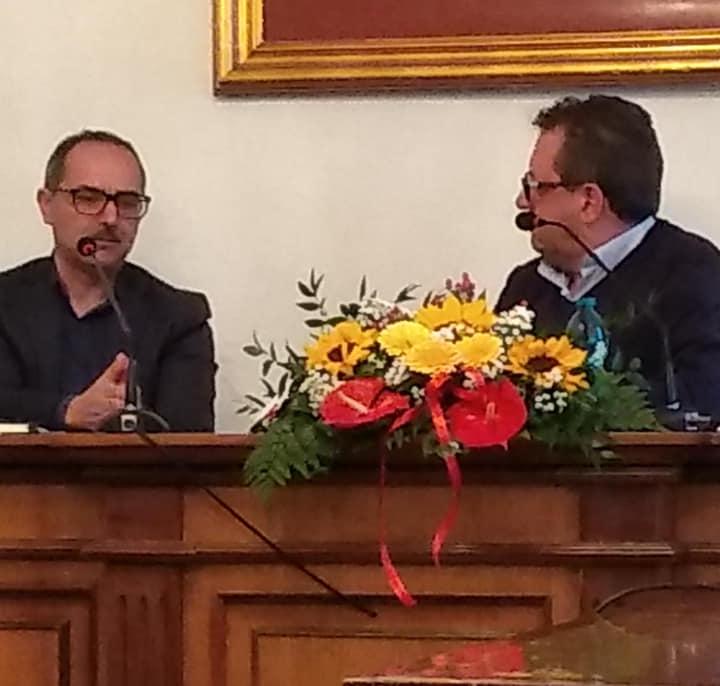 """""""Svendita sogni per fine attività"""", nell'aula consiliare del comune di Capistrello presentato il nuovo libro di Alfio Di battista"""