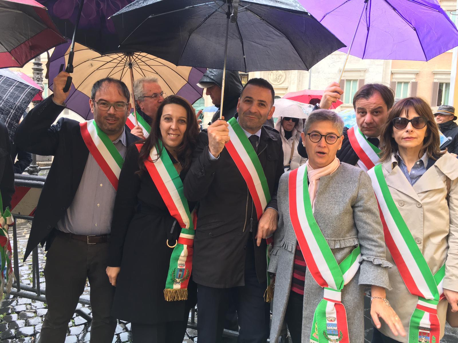 """A24/A25, i Sindaci Lazio e Abruzzo """"Dissenso e delusione, del Ministro Toninelli e degli altri Parlamentari nessuna traccia!"""""""