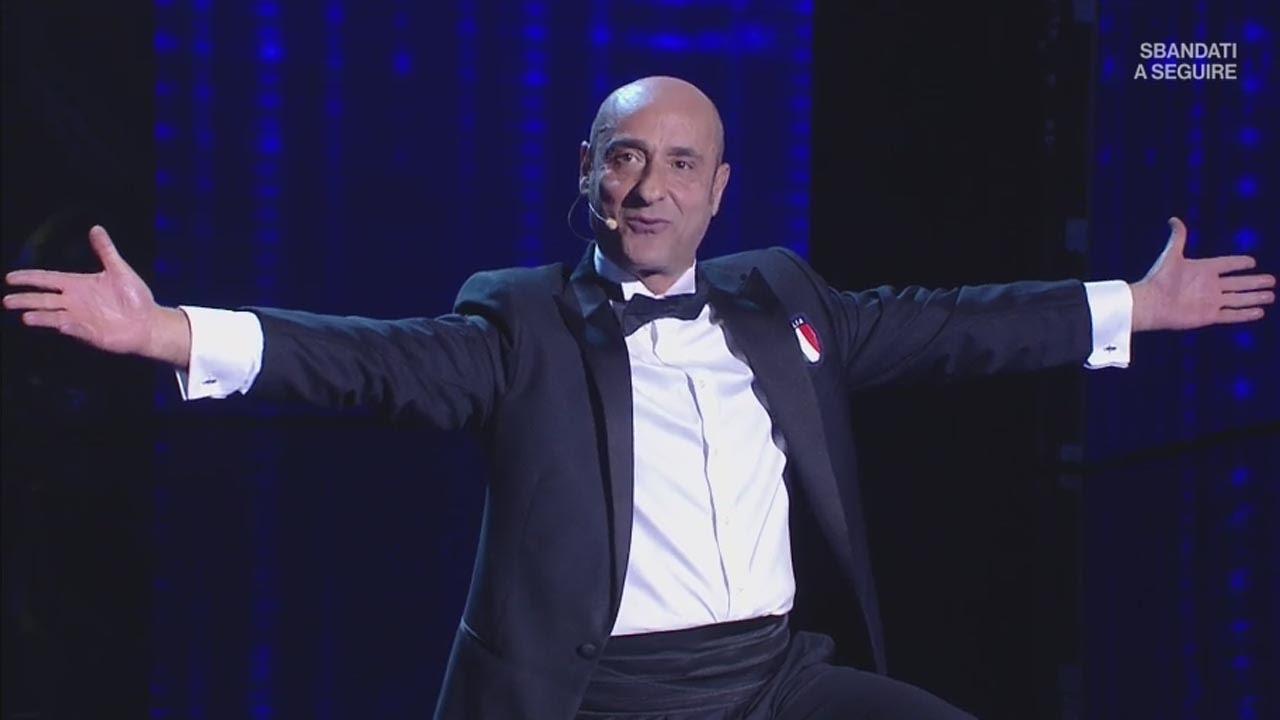 Il celebre comico Alessandro Di Carlo si esibirà a Capistrello