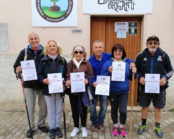 Boom di presenze per il Cammino dei Briganti, in centinaia percorrono il tragitto che parte da Sante Marie e si immerge nel cuore dell'Abruzzo