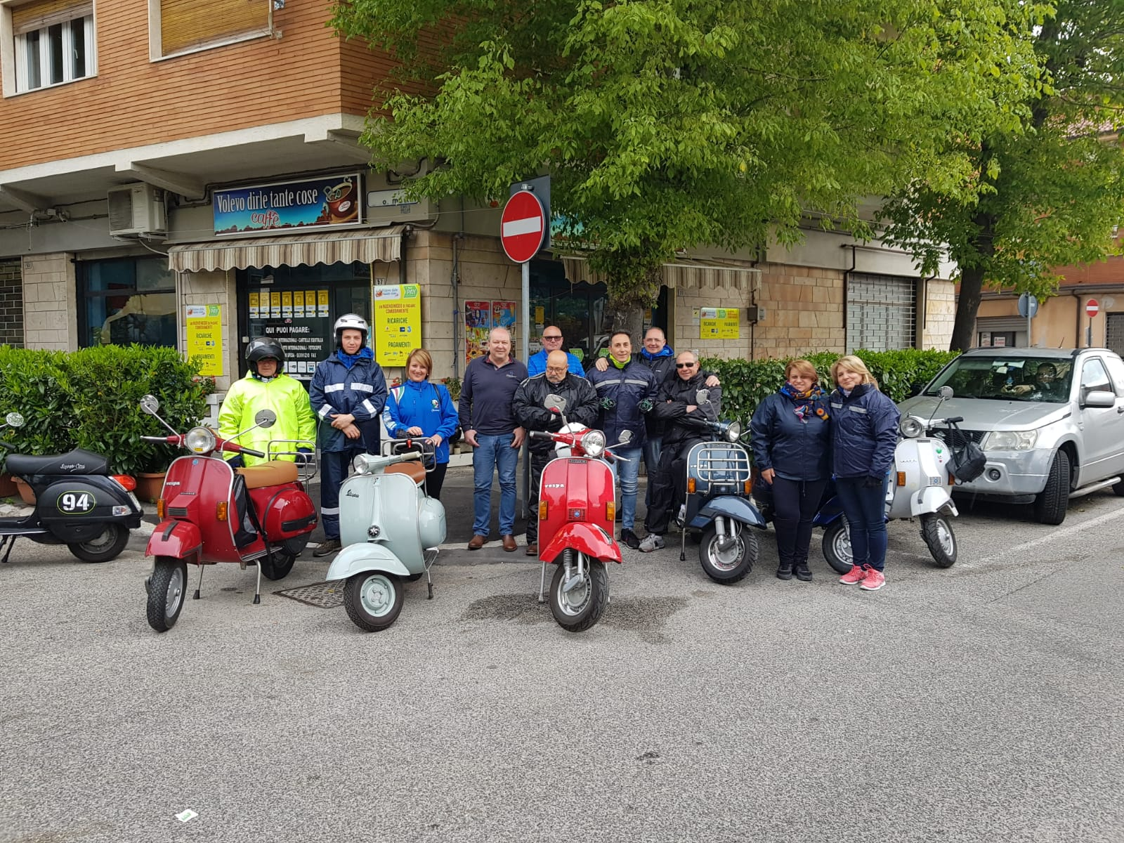 """Il club """"Vespasiani Indipendenti"""" città di Avezzano in tour"""