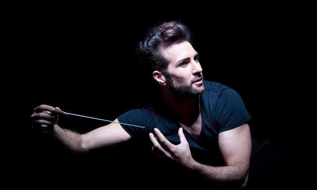 Jacopo Sipari conquista lo Sri Lanka con il grande concerto dell'Ambasciata italiana a Colombo contro il terrorismo