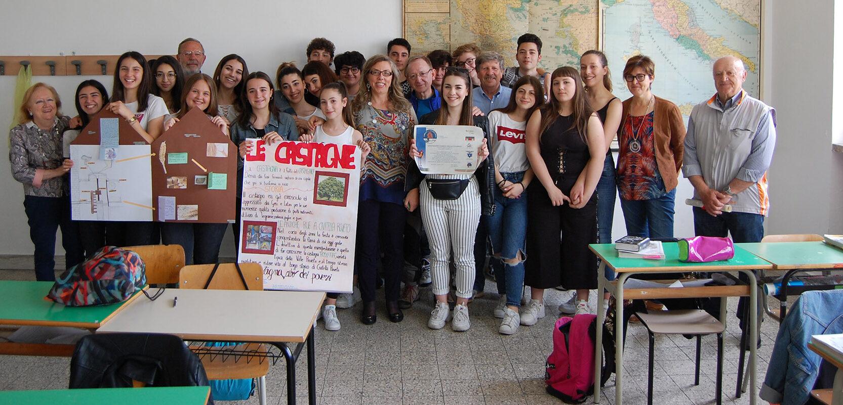 Il Cammino dell'Accoglienza una pergamena in ricordo agli studenti del Liceo Classico di Avezzano