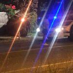 Si ribalta con l'auto e finisce contro un cancello, giovane Avezzanese estratto dai Vigili del Fuoco da sotto l'autovettura