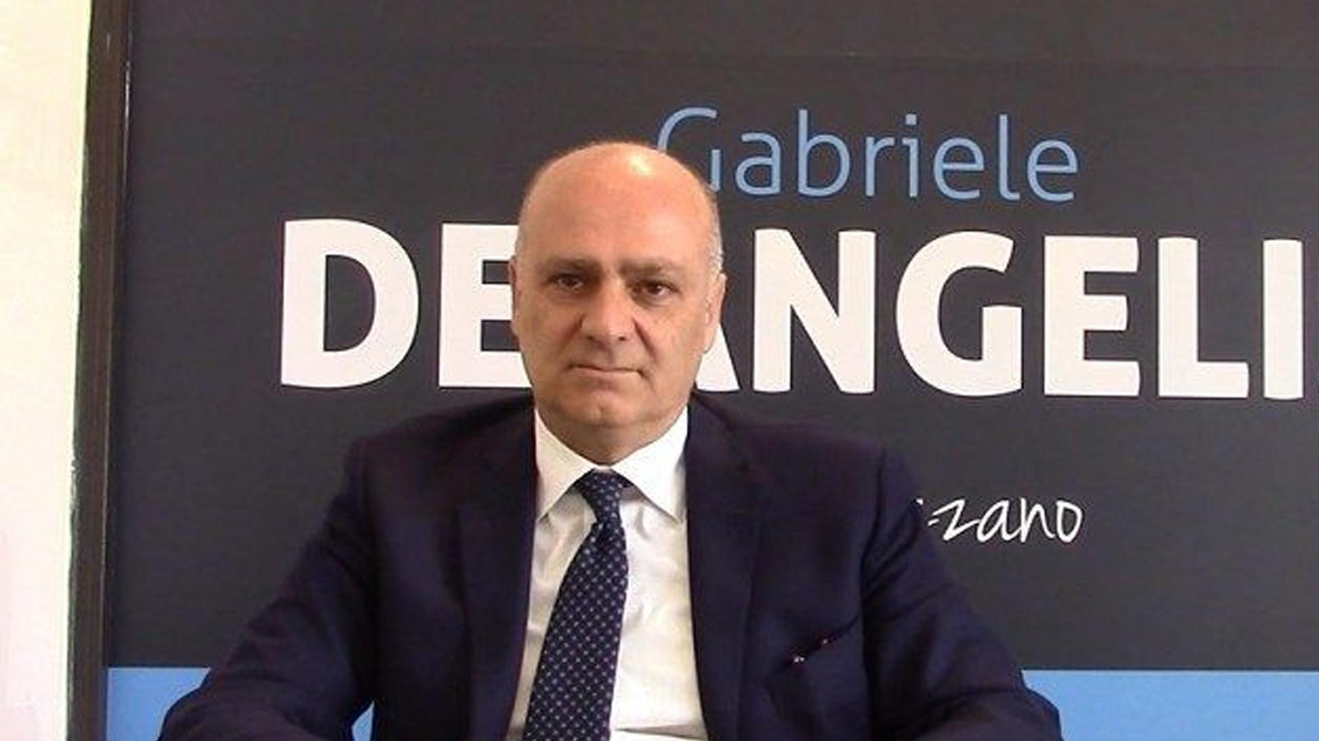 Cade l'amministrazione de Angelis, Avezzano deve tornare alle urne