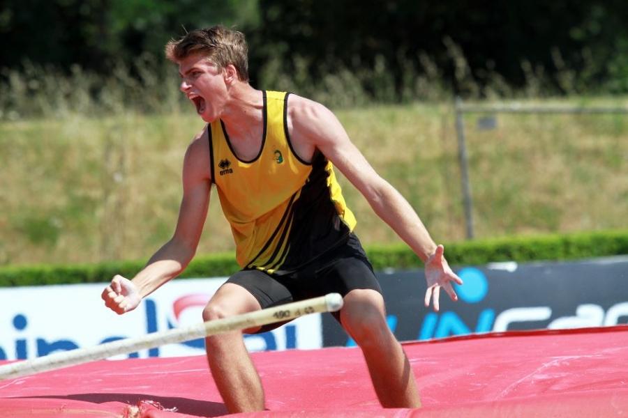 L'avezzanese Ivan De Angelis è il nuovo Campione Italiano di Salto con l'Asta Under 20