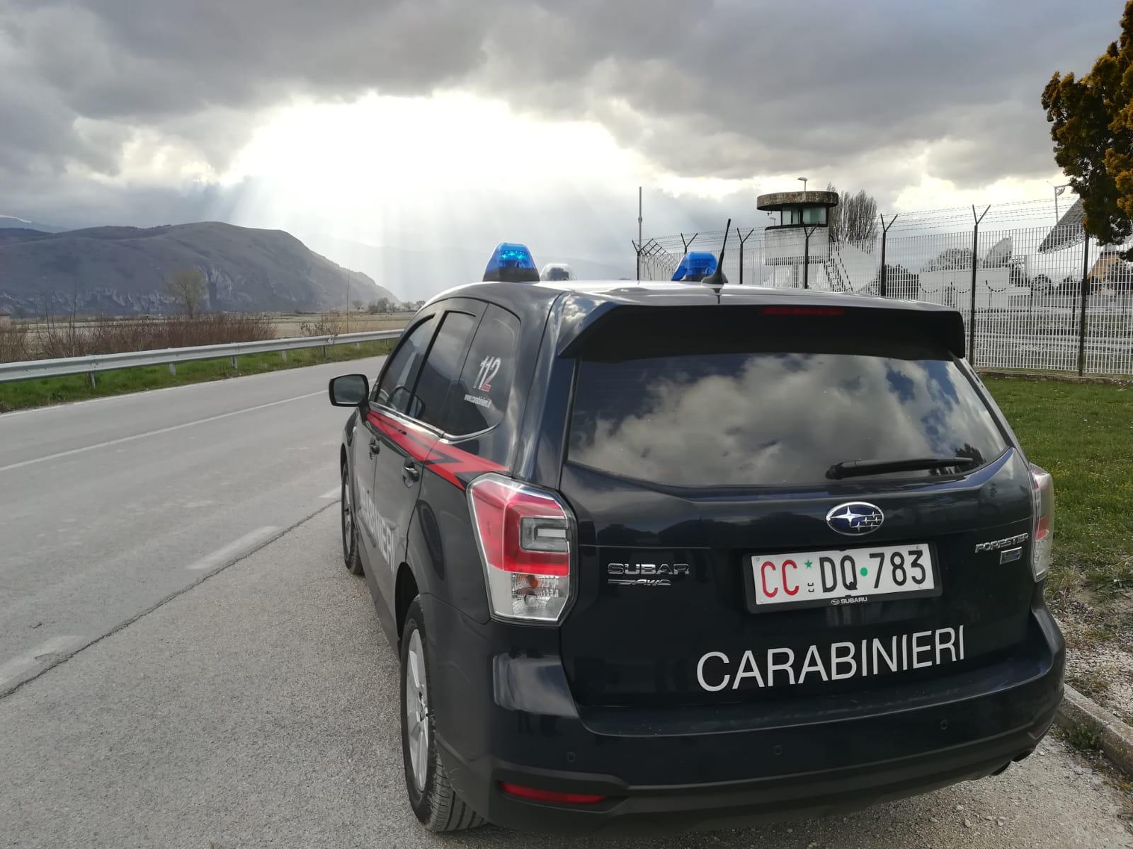 Minaccia di togliersi la vita, salvato dai Carabinieri