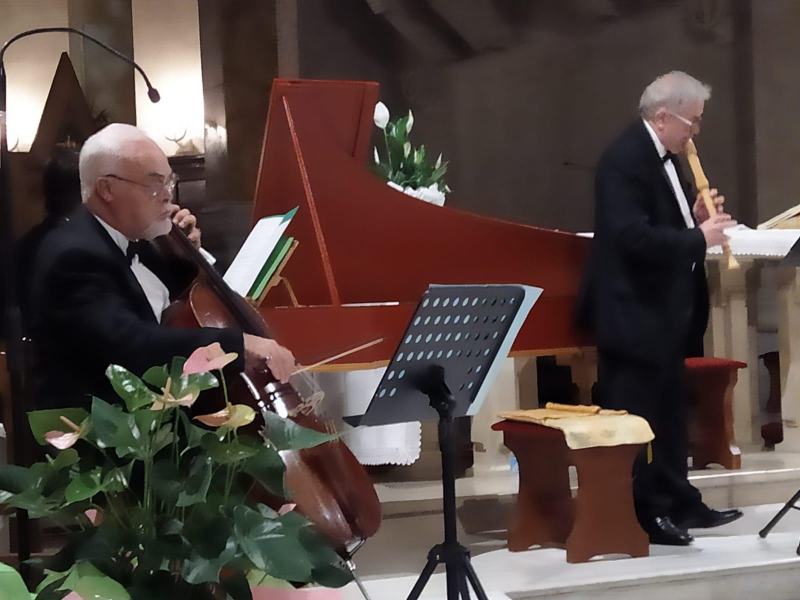 """Grande successo per il concerto del trio barocco """"Angelus Novus"""""""