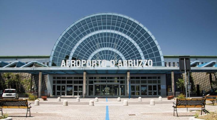 Passeggeri in aumento per l'aeroporto di Pescara