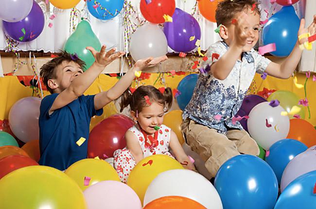 Arriva la Sera delle Favole, trenino, giochi e magia per la festa dedicata ai bambini